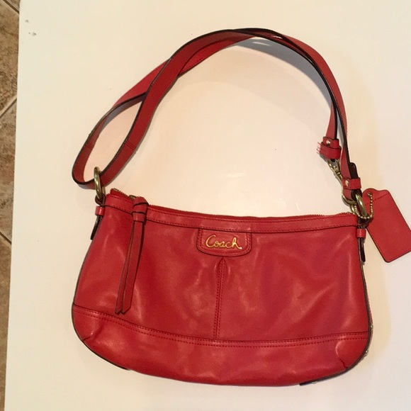 d37e0a7b Looks New.....red leather COACH crossbody bag